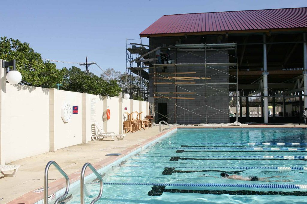 2005 construction of indoor pools and group fitness facilities at Red's in Lafayette, LA.
